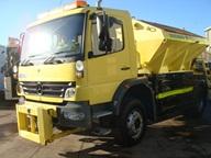 Camion cu sararita si plug de zapada MB Atego 1318